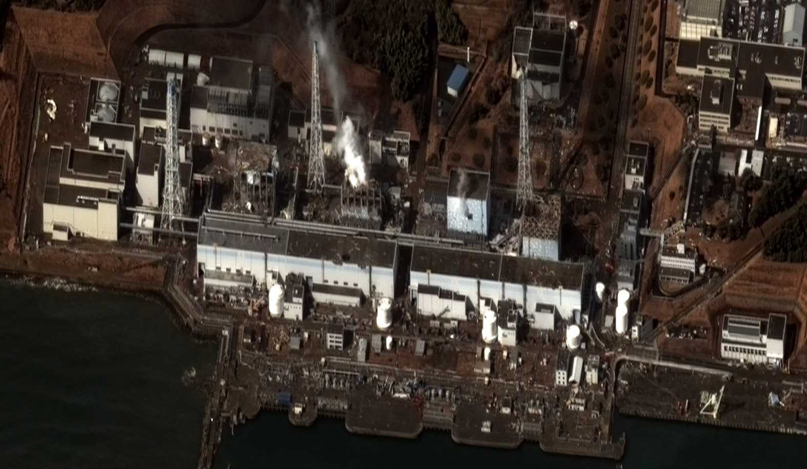 Digitalglobe: 16.03.2011, 9.36 Uhr: Fukushima 1, Block 1-4