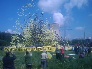 14.05.2011 - Ballon Aktion Gundremmingen, campact.de