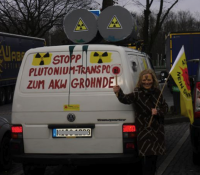 Autobahnaktionstag gegen MOX-Transport, Feb. 2012; Bild: anti-atom.org
