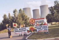 Protestaktion deutscher Atomkraftgegner 2009 am AKW Temelin