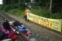 30.07.2012 - Ankettaktion bei Gronau aus Protest gegen Urantransport