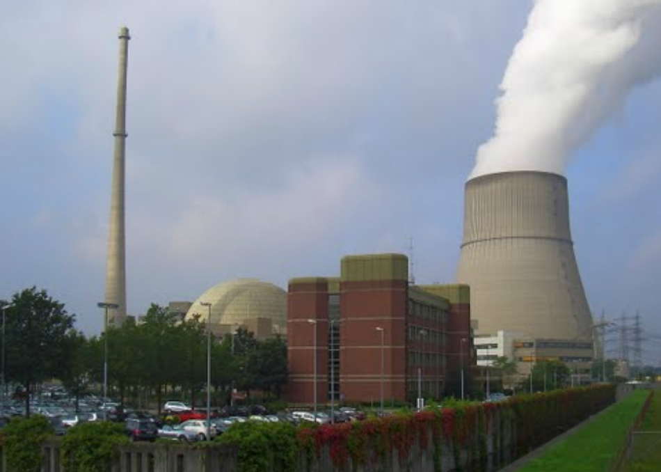 Atomkraftwerk Emsland; Foto: journeyfan47 / Panoramio