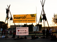 Blockade der UAA Gronau, 22.07.2013; Bild: nirgendwo.info