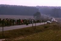 1984 - Menschenkette zwischen Clenze und Hitzacker, www.gorleben-archiv.de