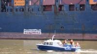 Mai 2014: Anti-Atom-Aktion im Hamburger Hafen